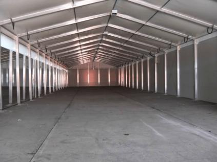Expand Your Storage Space with a Temporary Warehouse