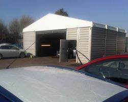 Temporary repair and car valeting building
