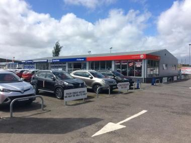 Vehicle showroom for FG Barnes