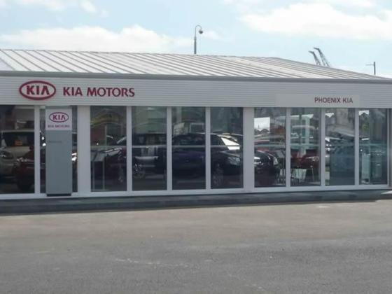 car-showroom-stkia-09