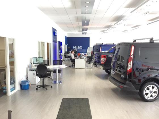 Commercial Vehicle Showroom